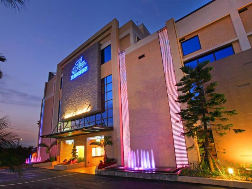 土城艾蔓精緻旅館